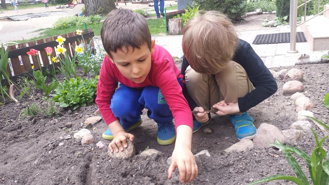 Praca w ogrodzie – grupa I
