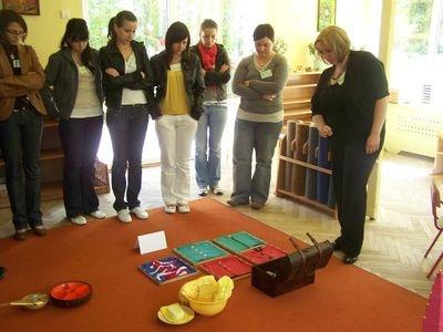 Kurs wstępny pedagogiki Marii Montessori