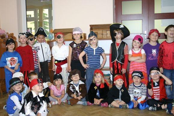 Piraci w grupie II