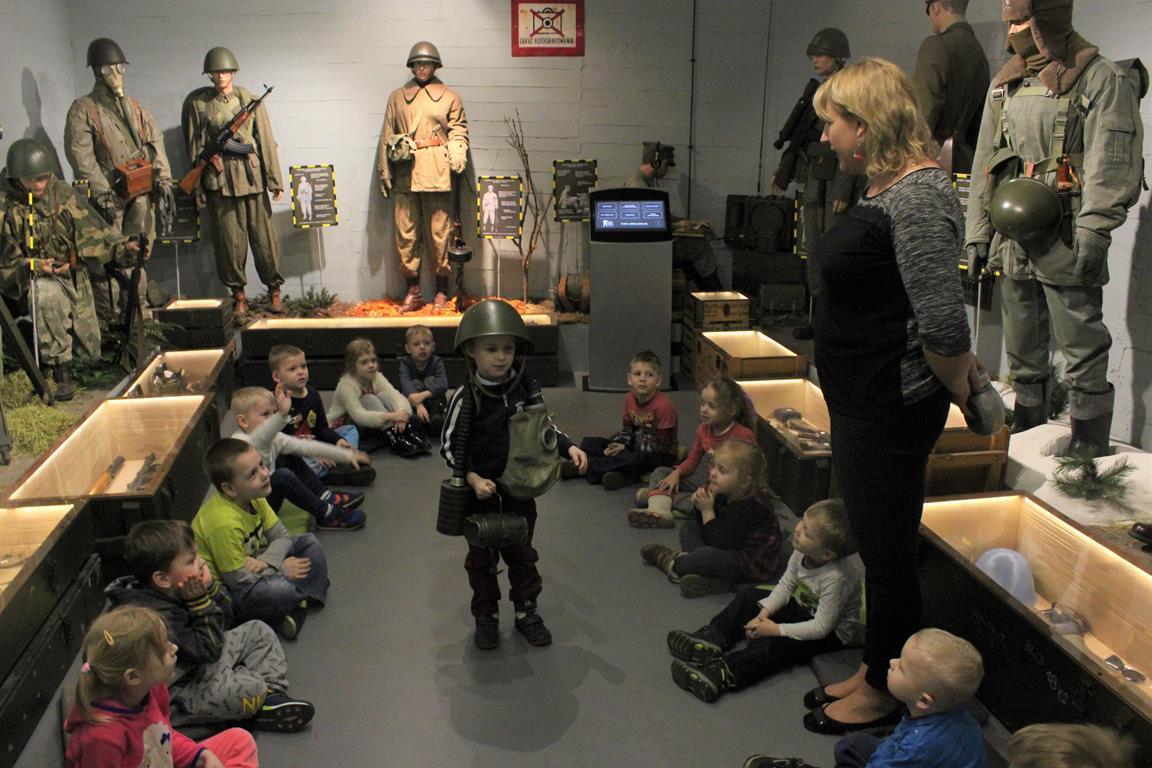 Grupa III na wycieczce do Muzeum Wojska w Białymstoku