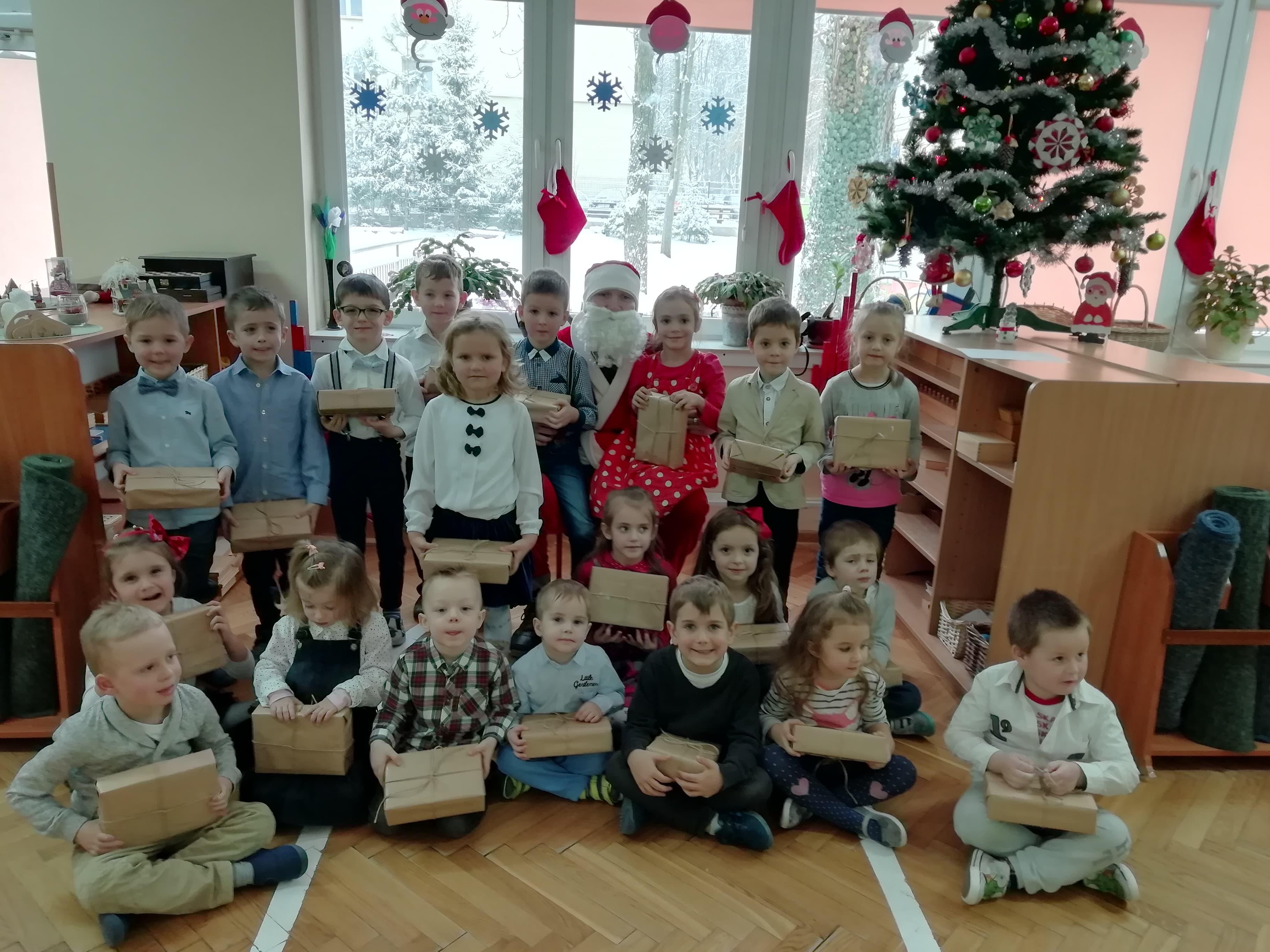 Święty Mikołaj w grupie IV