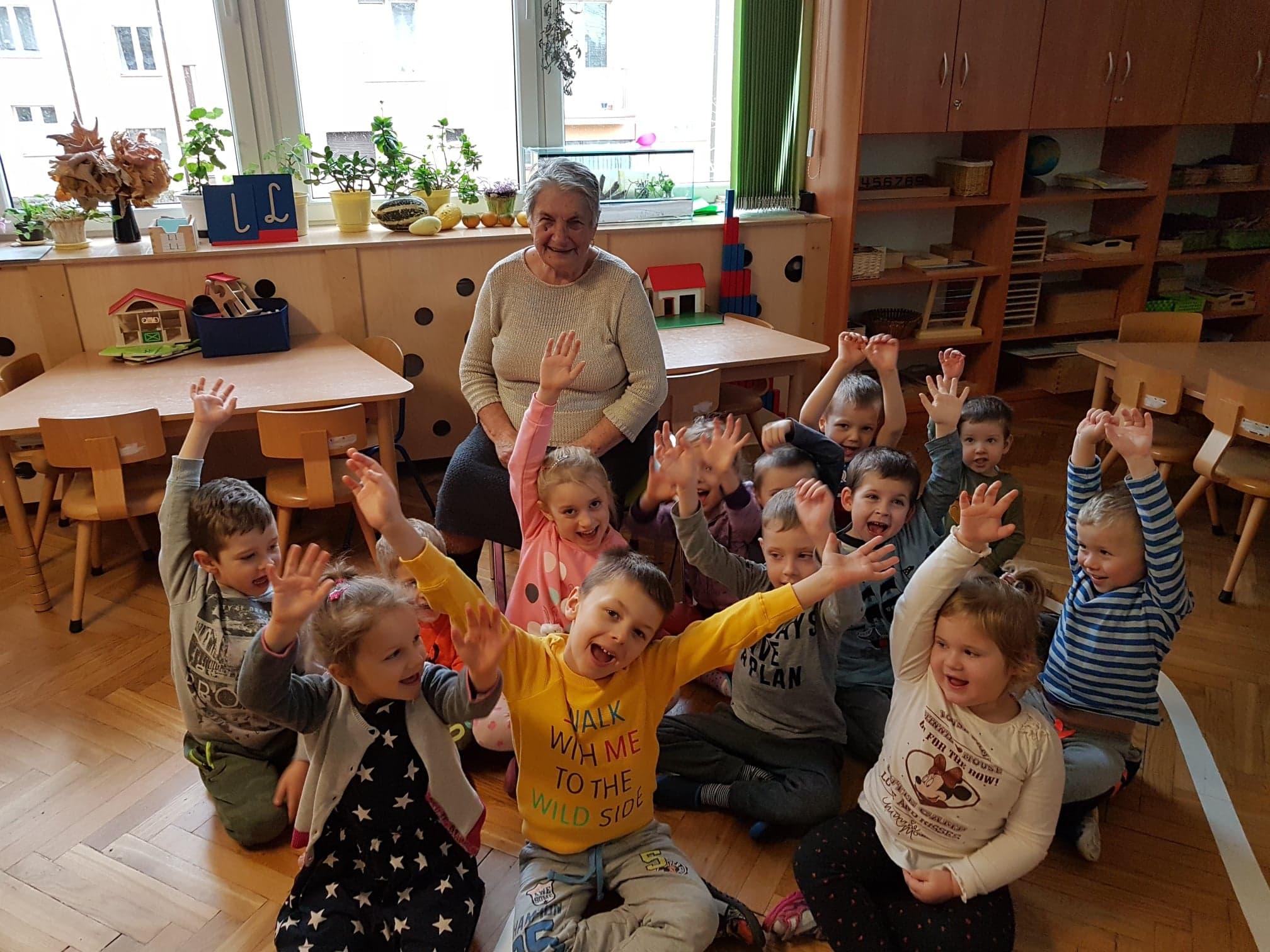 Wizyta Pani Niny w grupie III – życie dzieci sprzed 120 lat