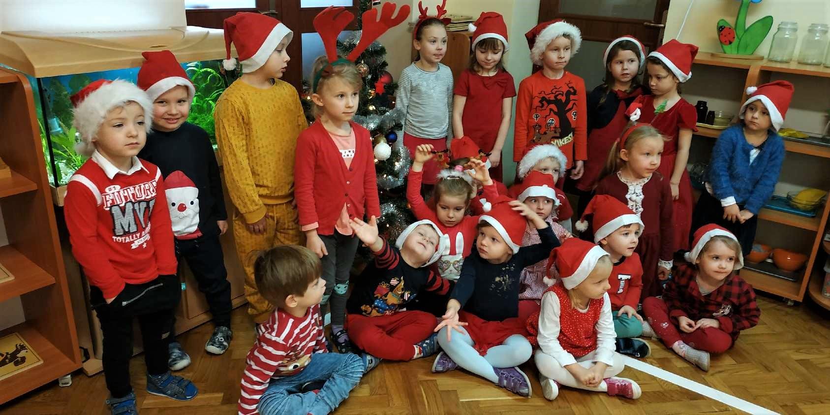 Mikołajki i wspólne ubieranie choinki – grupa II
