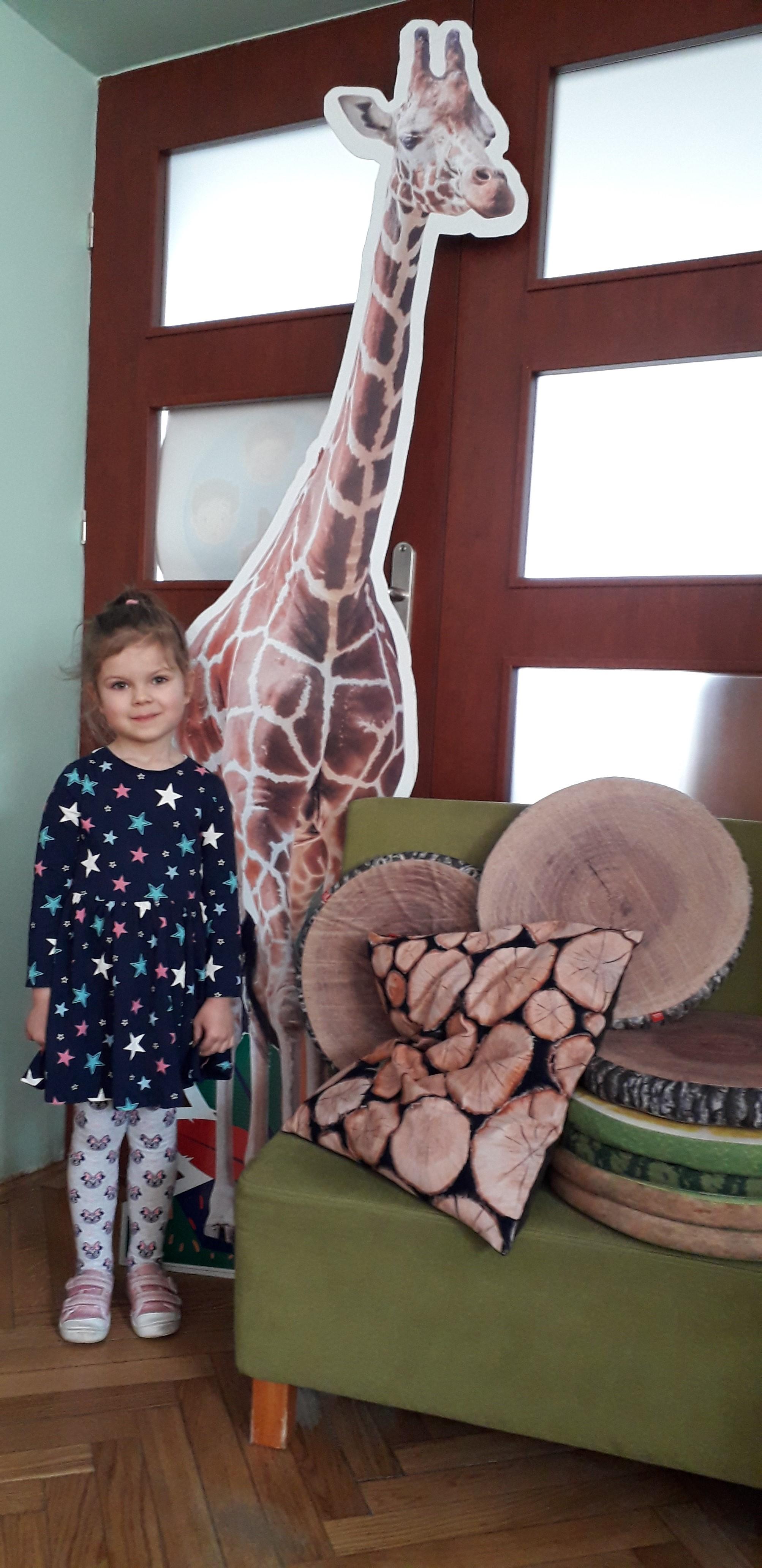 Odwiedziny żyrafy w grupie V