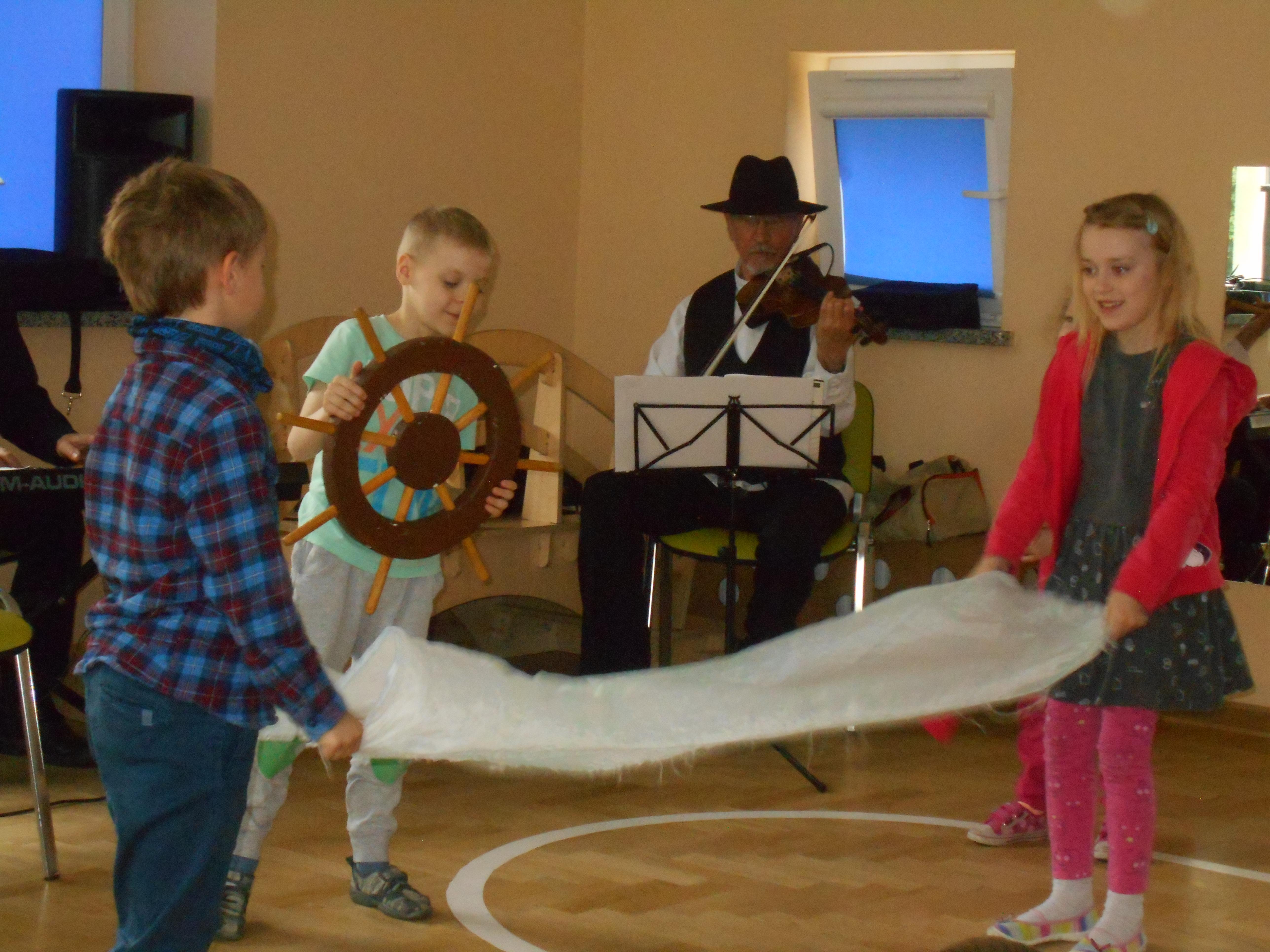 """,,Pani Adela i swing"""" – audycja muzyczna z udziałem przedszkolaków"""