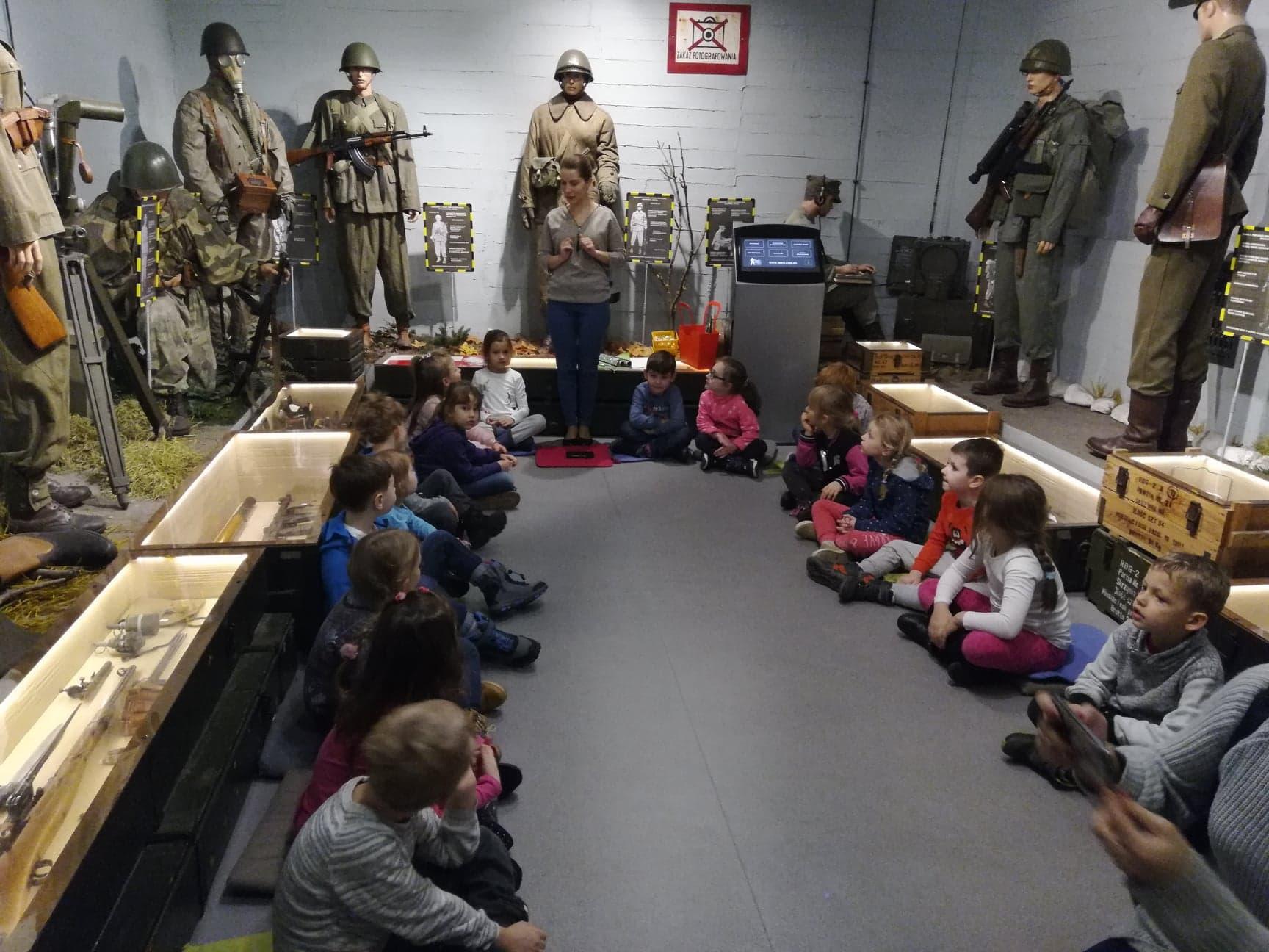 Pierwsze kroki w Muzeum Wojska – grupa II, VI i VII