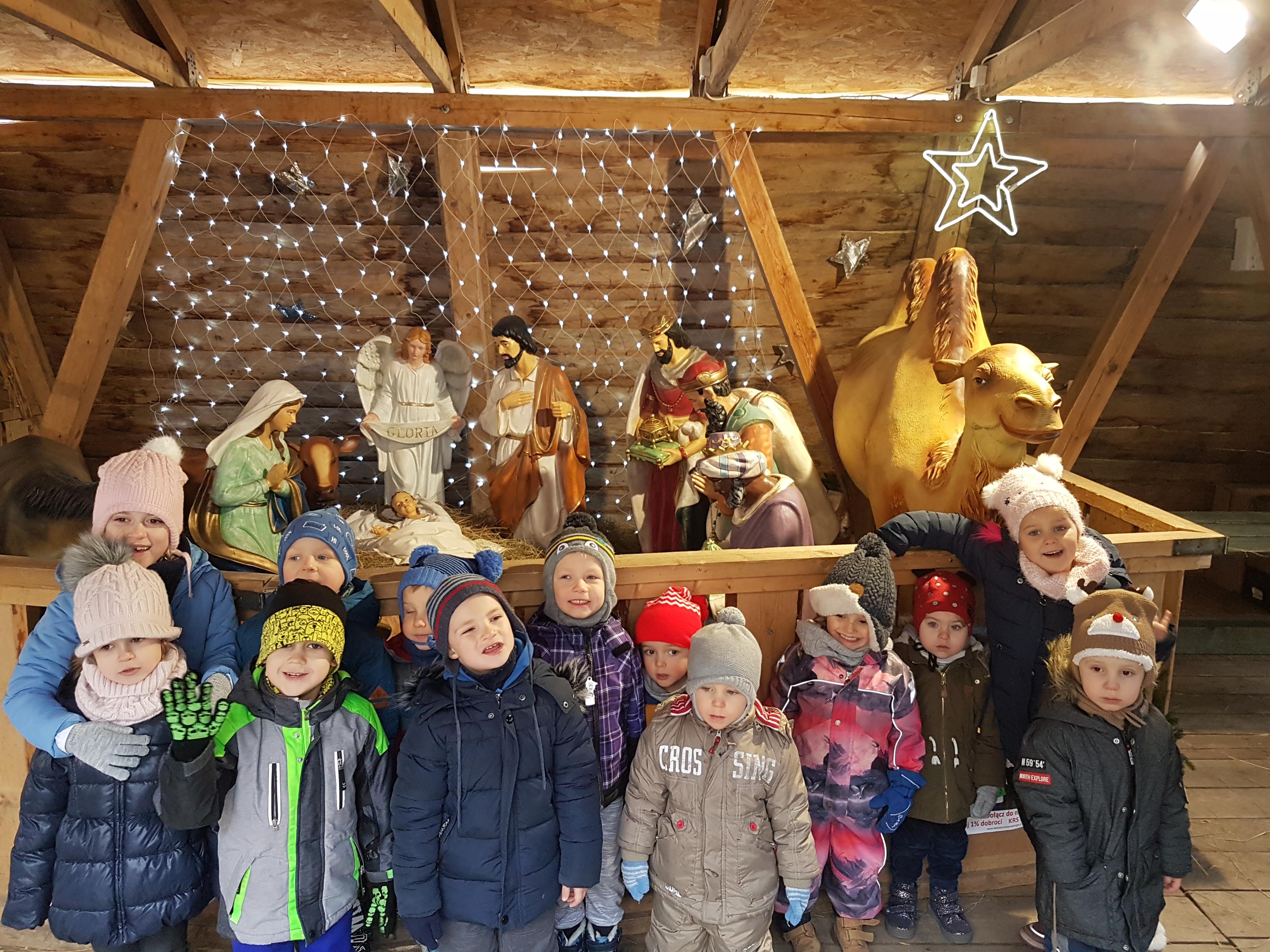 Grupa III odwiedza Jarmark Bożonarodzeniowy