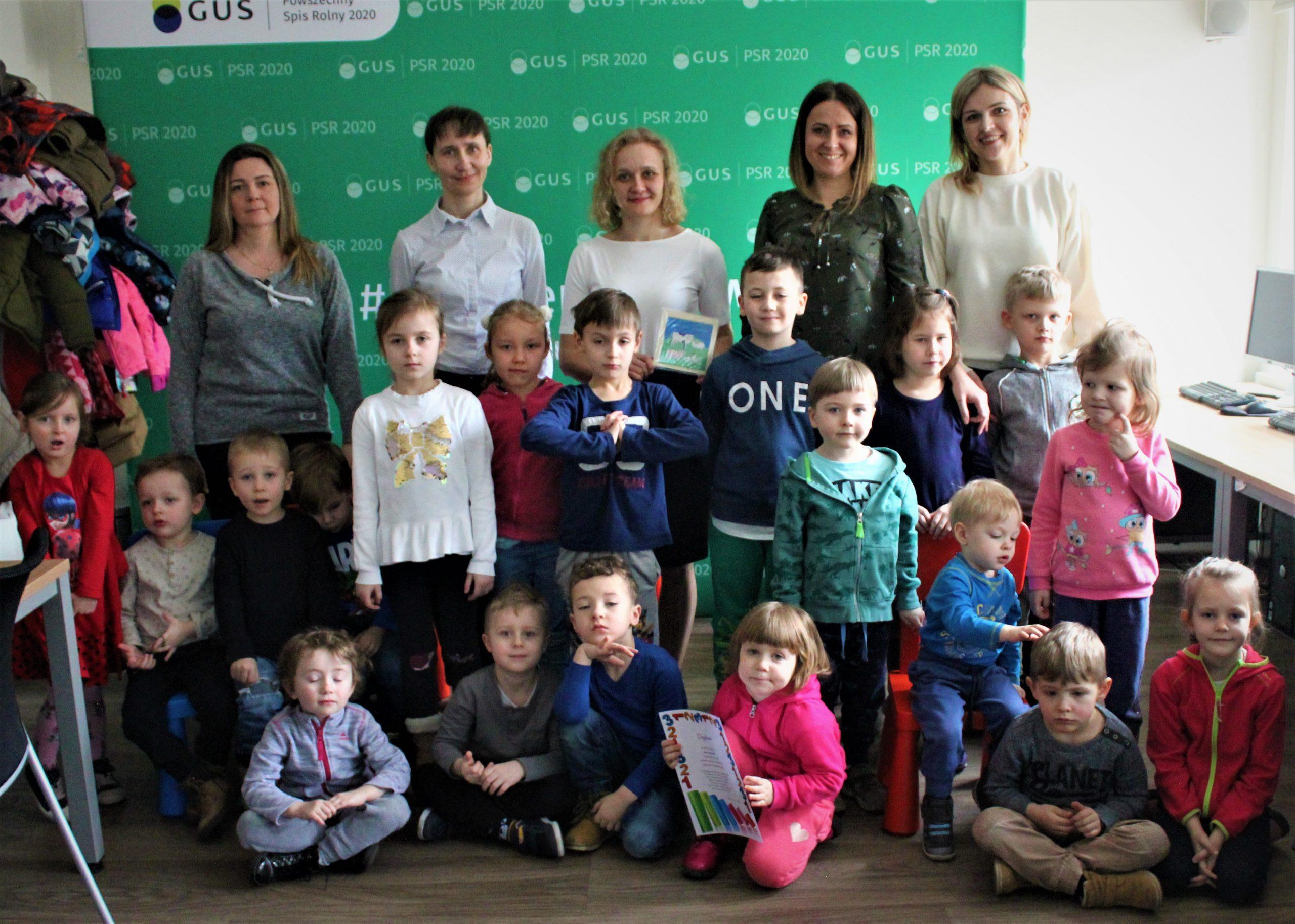 Dzieci z grupy II w Urzędzie Statystycznym
