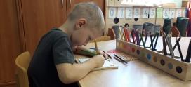 Materiał Montessori to element przygotowanego otoczenia