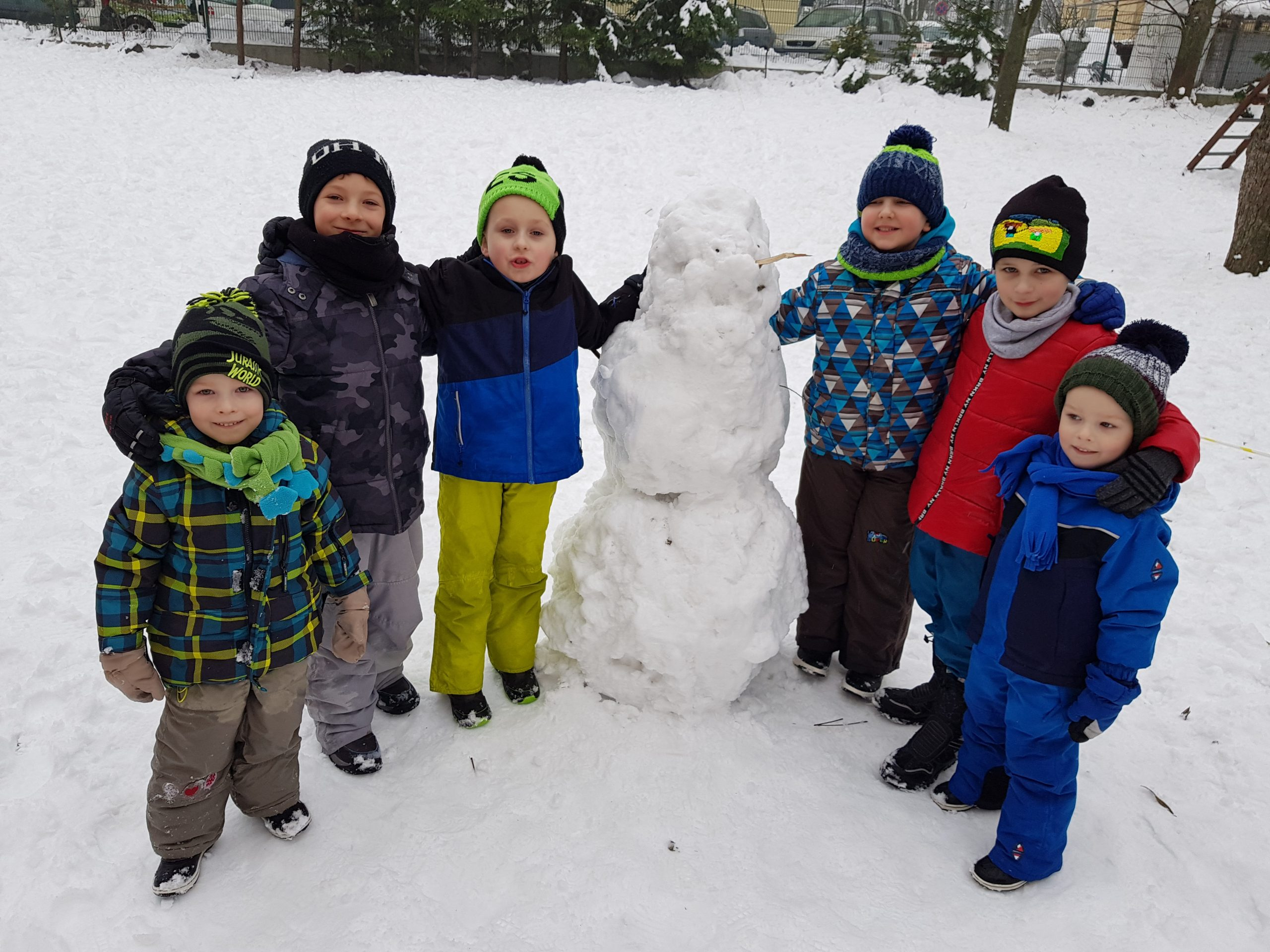 Śnieżne zabawy – grupa VIII