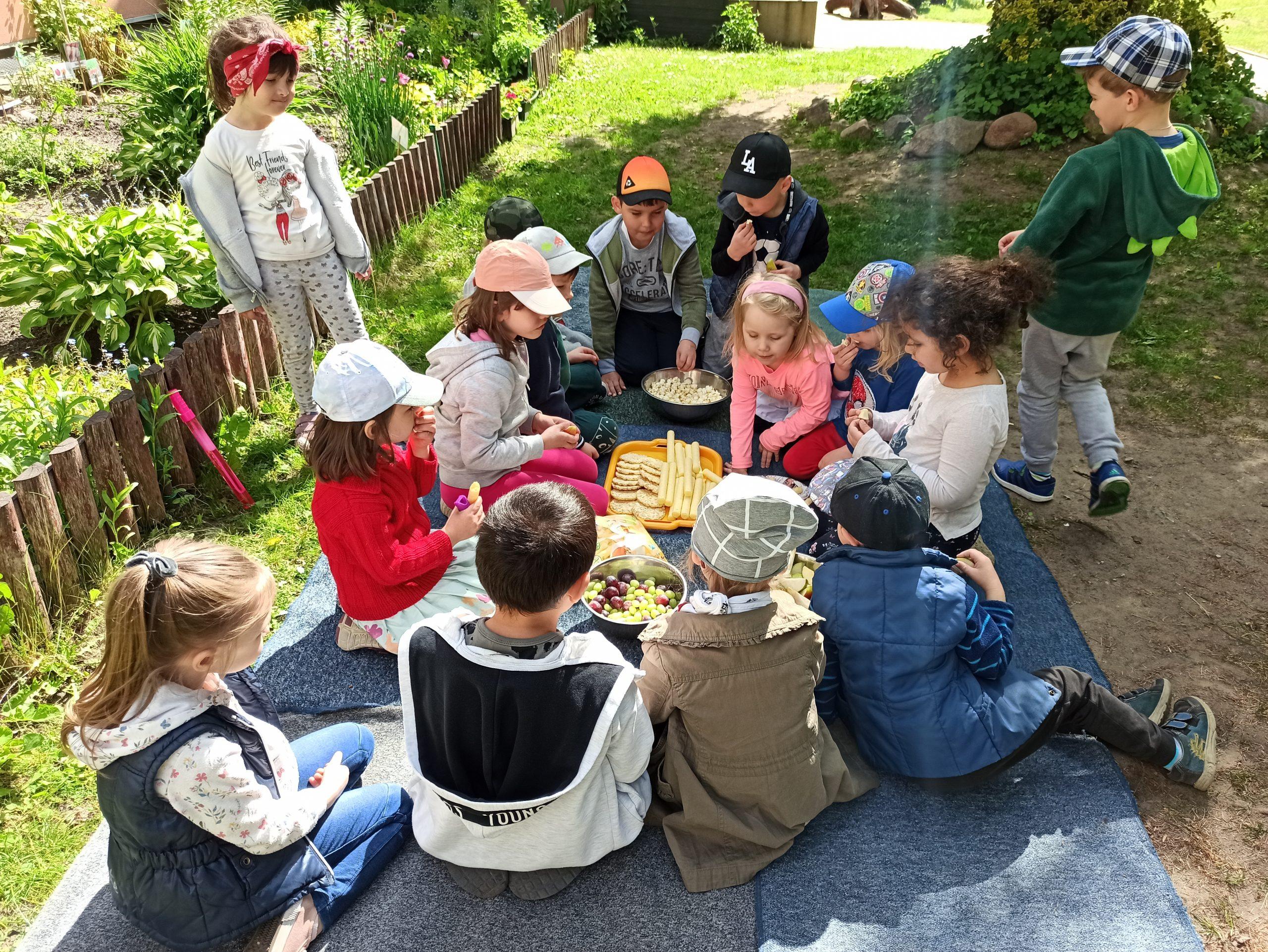 Świętowanie Dnia Dziecka w grupie VII